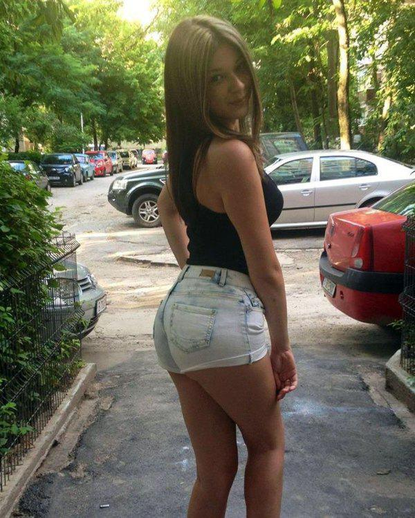 Big ass small shorts 11